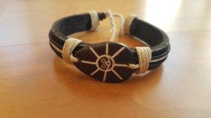 Armband Leder mit Ethnomuster