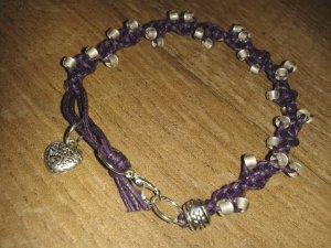 Armband Mikrama geknüpft lila weiß kristall Rocailles Herz