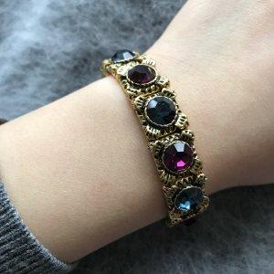 Armband mit Crystal Steine