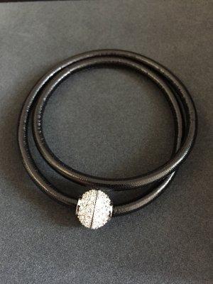 Armband mit Magnet-Verschluss