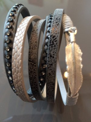 Armband mit Magnetverschluss NEU