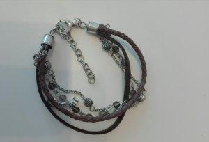 Armband mit mehreren Bändern