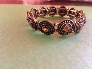 Armband mit Orangen Stein in der Mitte