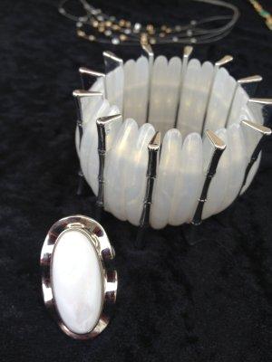Armband mit passendem Ring