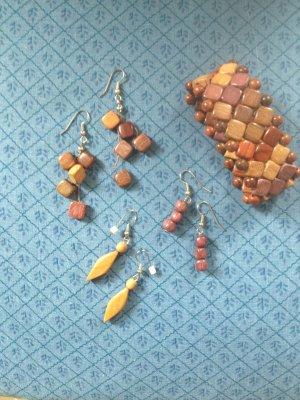 Armband mit passenden Ohrringen (nickelfrei) aus ungefärbtem Naturholz ungetragen