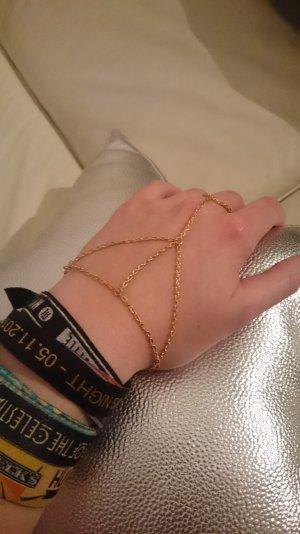 Armband mit Ring Kettchen