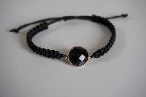 Armband mit schwarzem Stein Makramee
