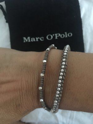 Armband mit Silberperlen