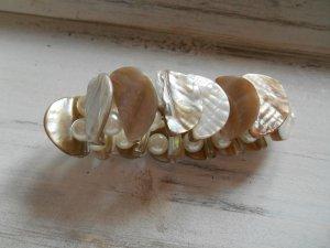 Armband Perlen und Muschel Natur