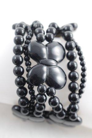 Bracelet black casual look