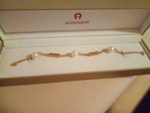 Aigner Braccialetto sottile bianco-oro Metallo