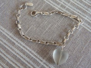 Armband von Esprit mit Herz