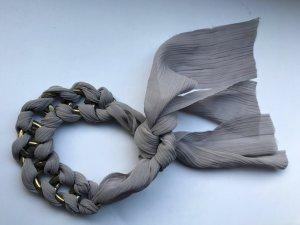 Armband von Topshop in Grau/Gold