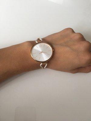 Calvin Klein Montre avec bracelet en cuir blanc-or rose