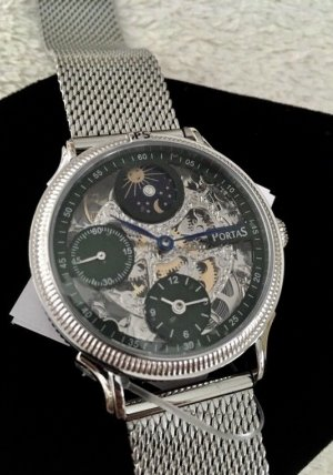 Watch With Metal Strap silver-colored-dark green stainless steel