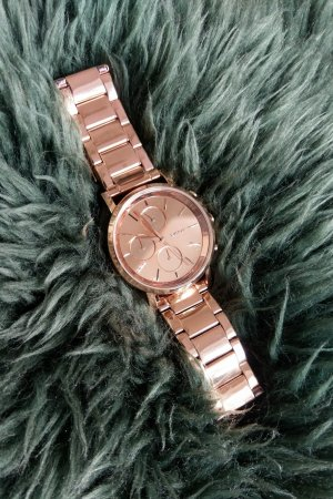 Armbanduhr in rosegold von DKNY