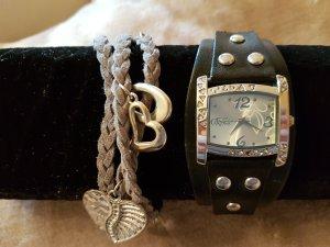 Armbanduhr mit Armband