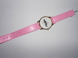 Armbanduhr Mustache rosa gold