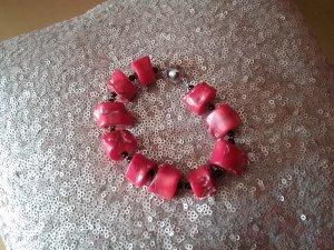 Armkette aus Koralle