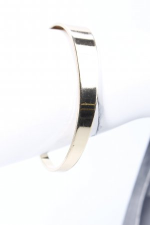 Bangle gold-colored minimalist style
