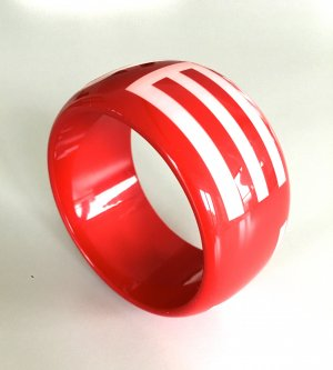 Armreif in der Farbe rot, von der Marke ETRO