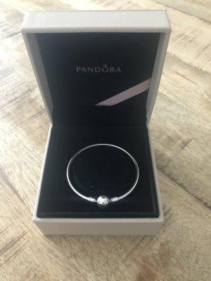 Armreif von Pandora in Silber