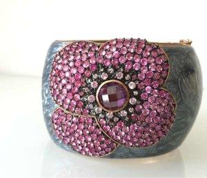 Armreifen aus Kupfer, grau emailliert mit pinker Blume aus Schmucksteinen
