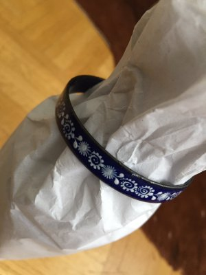 Bangle blue-white