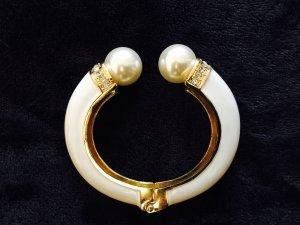 Armschmuck in Weiß/ Gold mit zwei weißen Perlen
