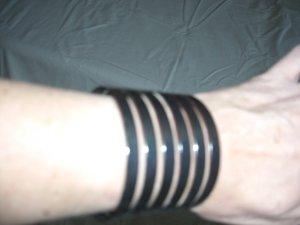 Street One Bracelet de bras noir métal