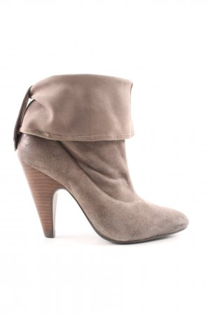 ASH Hochfront-Pumps creme Business-Look
