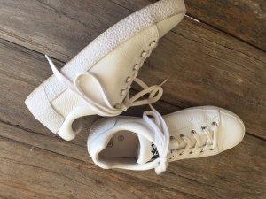 ASH Basket à lacet blanc-rouge