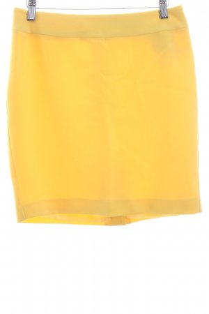 Ashley Brooke Skirt yellow beach look