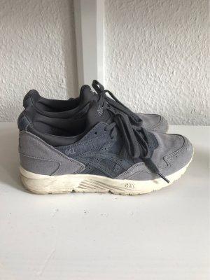 Asics Sneaker stringata grigio ardesia