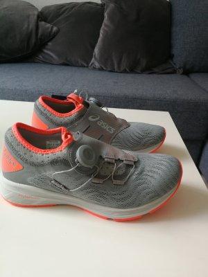 Asics Sneaker grigio