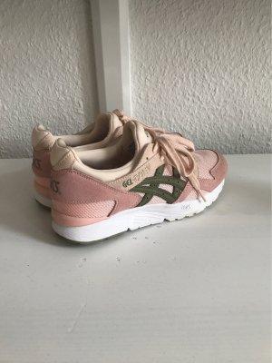Asics Sneaker stringata color oro rosa-verde scuro