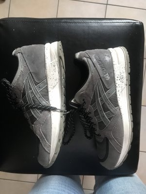 Asics Lace-Up Sneaker dark grey