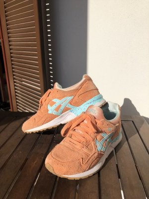 Asics Basket à lacet orange-bleu clair