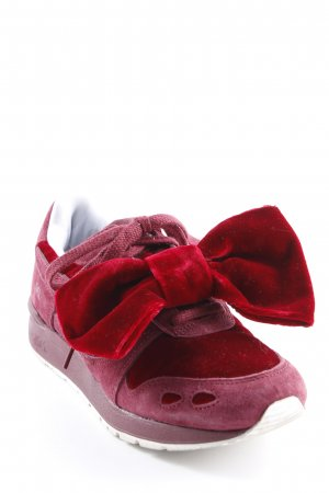Asics Sneaker stringata bordeaux-rosso scuro stile casual