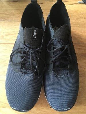 Asics Sneaker stringata nero-bianco