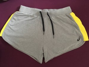 ASICS Shorts height waist