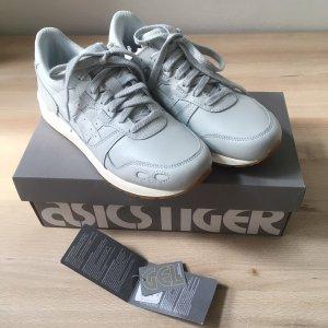 Asics Basket à lacet gris clair-gris
