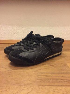 Asics Tiger Sneaker in Schwarz