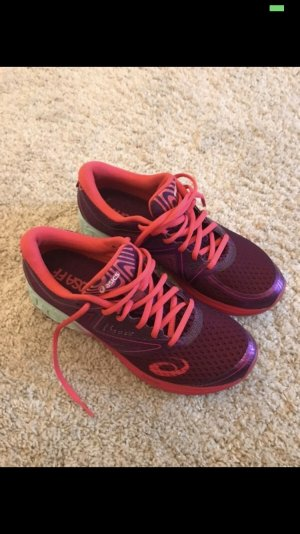 Asics Lace-Up Sneaker magenta