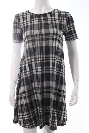 Asos A-Linien Kleid weiß-schwarz Karomuster Casual-Look