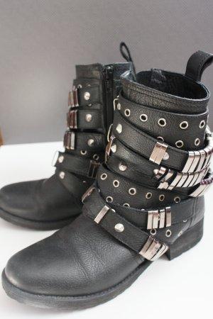 Asos Petite Booties black