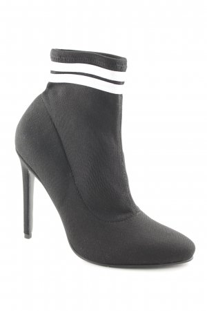 Asos Booties schwarz-weiß Street-Fashion-Look