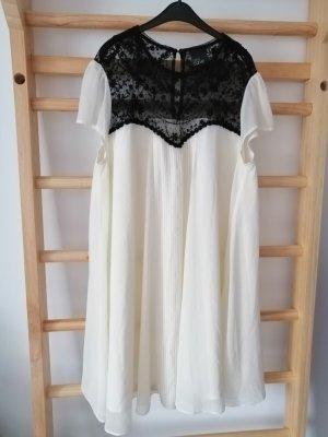 asos curve Babydoll-jurk wolwit-zwart Polyester