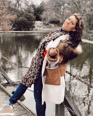 Asos Faux Fur Mantel mit Kapuze Oversized 40