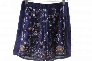 Asos High-Waist-Shorts florales Muster Casual-Look